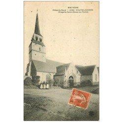 carte postale ancienne 22 CHATEAULAUDREN. Chapelle Notre-Dame-du-Tertre 1910 avec groupe de Femmes