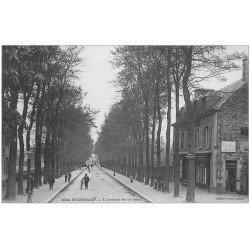 carte postale ancienne 22 GUINGAMP. Café Billard Avenue de la Gare