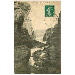 carte postale ancienne 22 ILE DE BREHAT. Le Gouffre au Paon 1910