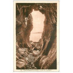 carte postale ancienne 22 PERROS-GUIREC. Grotte de Trestrignel 1937