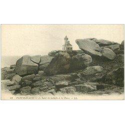 carte postale ancienne 22 PLOUMANACH. Sabot de Goliath et Phare