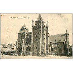 carte postale ancienne 22 SAINT-BRIEUC. La Cathédrale 1930