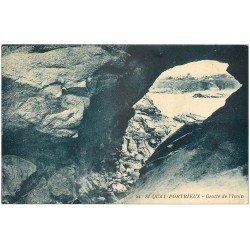 carte postale ancienne 22 SAINT-QUAY-PORTRIEUX. Grotte de l'Isnin 1933