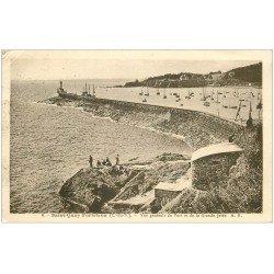 carte postale ancienne 22 SAINT-QUAY-PORTRIEUX. Jetée et Port 136 avec Pêcheurs