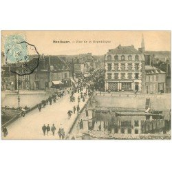 carte postale ancienne 03 MONTLUCON. Rue de la République 1905