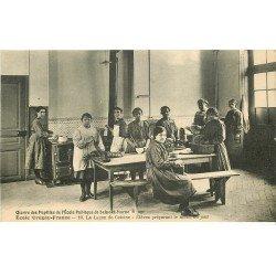 carte postale ancienne 77 AVON. Ecole des Pupilles Uruguay-France. Leçon de Cuisine