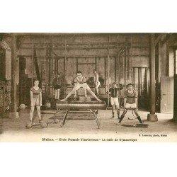 carte postale ancienne 77 MELUN. Ecole Normale d'Instituteurs la Salle de Gymnastique