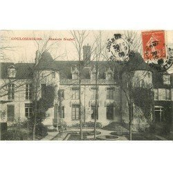 carte postale ancienne 77 COULOMMIERS. Manoir Féodal 1908