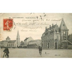 carte postale ancienne 77 COULOMMIERS. Cyclistes Cours Gambetta 1912