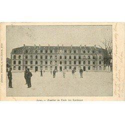 carte postale ancienne 77 FONTAINEBLEAU. Avon. Quartier Train des Equipages 1903