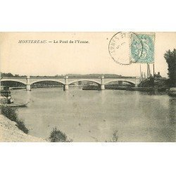 carte postale ancienne 77 MONTEREAU. Le Pont de l'Yonne vers 1908