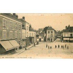 carte postale ancienne 77 MONTEREAU. Café Billard Place Carnot