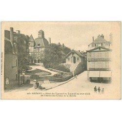 carte postale ancienne 23 GUERET. Hôtel des Tournoël et Château des Comtes de la Marche. Mercerie