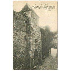carte postale ancienne 24 CHATEAU DE BOURDEILLES. Entrée Colonne Chapiteau et Ogives
