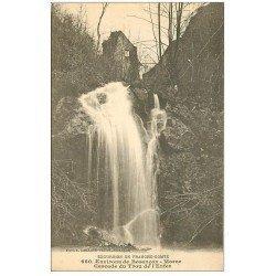 carte postale ancienne 25 CASCADE DU TROU DE L'ENFER
