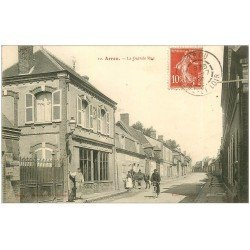 carte postale ancienne 28 ARROU. Café de Paris sur la Grande Rue 1909