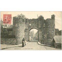 carte postale ancienne 28 BONNEVAL. Porte Saint-Roch 1906 Lavandière Laveuse
