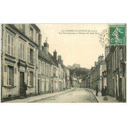 carte postale ancienne 28 NOGENT-LE-ROTROU. La Tournée du Facteur Rue Saint-Laurent 1916