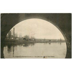 carte postale ancienne 28 NOGENT-LE-ROTROU. L'Huisne sous le Pont Saint-Hilaire avec Vaches