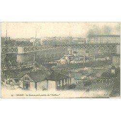 """carte postale ancienne 29 BREST. Pont ouvert pour sortie du """""""" Suffren """""""""""
