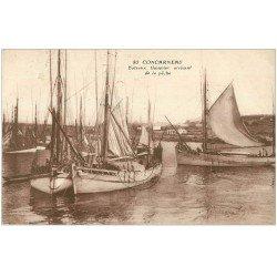 carte postale ancienne 29 CONCARNEAU. Bâteaux Thonnier 1931