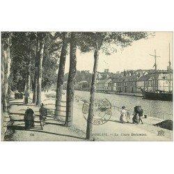 carte postale ancienne 29 MORLAIX. Cours Beaumont 1923. Pli coin gauche