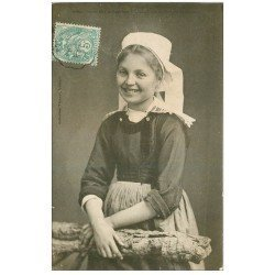 carte postale ancienne 29 QUIMPERLE. Coiffe de Jeune Fille 1905