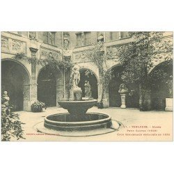 carte postale ancienne 31 TOULOUSE. Cloître Musée Cour 17