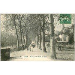 carte postale ancienne 32 AUCH. Boulevard Sadi Carnot. Pli coin droit...
