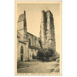 carte postale ancienne 32 LECTOURE. Cathédrale Saint-Gervais 1942