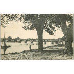 carte postale ancienne 33 LIBOURNE. Perspective du Pont