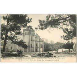 carte postale ancienne 33 SOULAC-SUR-MER. Basilique et Monument des Morts