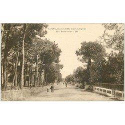 carte postale ancienne 33 SOULAC-SUR-MER. Rue Brémoutier 1923
