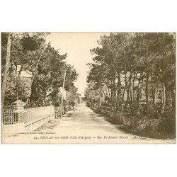 carte postale ancienne 33 SOULAC-SUR-MER. Rue Donnet 1923