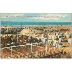 carte postale ancienne 33 SOULAC-SUR-MER. Terrasse Casino Plage