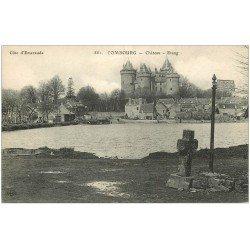 carte postale ancienne 35 COMBOURG. Château Etang 881 (fine coupure 1cm)