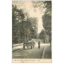 carte postale ancienne 35 DINARD. Fiacre entrée de la Malouine 1916