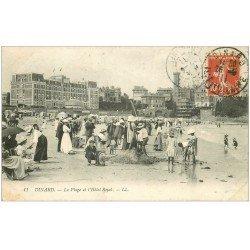 carte postale ancienne 35 DINARD. Plage Hôtel Riyal 1911. Jeune vendeur ambulant