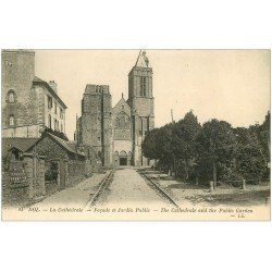 carte postale ancienne 35 DOL. Cathédrale Jardin Public