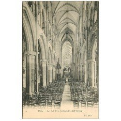 carte postale ancienne 35 DOL. Cathédrale Nef