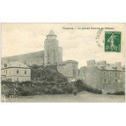 carte postale ancienne 35 FOUGERES. Château Grande Poterne 1914
