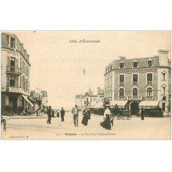 carte postale ancienne 35 PARAME. Carrefour Rochebonne Hôtels vers 1900