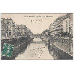 carte postale ancienne 35 RENNES. Les Quais Palais Commerce 1909 (défaut)...