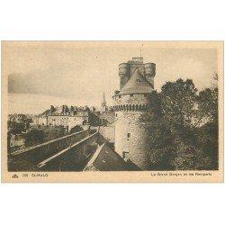carte postale ancienne 35 SAINT-MALO. Donjon Remparts