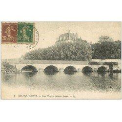 carte postale ancienne 36 CHATEAUROUX. Pont-Neuf et Château 1930