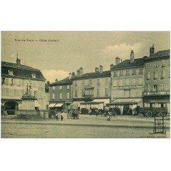 carte postale ancienne 01 PONT-DE-VAUX. Place Joubert. Café des Négiciants