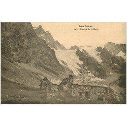 carte postale ancienne 05 MASSIF DE LA MEIJE Chalets bien animés...