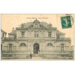 carte postale ancienne 37 TOURS. Caisse d'Epargne 1910