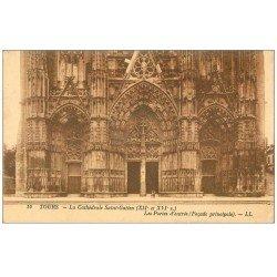 carte postale ancienne 37 TOURS. Cathédrale Portes Entrée 1925