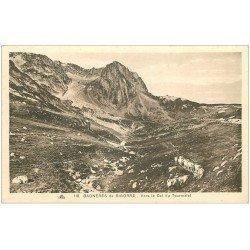 carte postale ancienne 65 BAGNERES-DE-BIGORRE. Vaches en file indienne vers le Col du Tourmalet